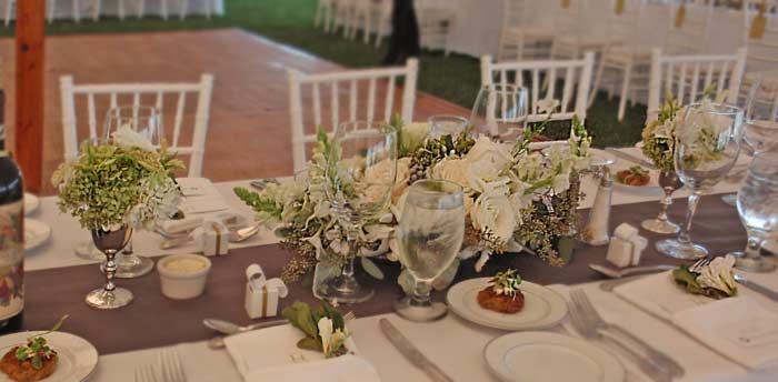 2010 Alda 39s Maine Weddings And Pink Freesia Wedding Centerpieces